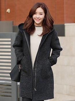 [9D-OU042] Minkrabian Coat